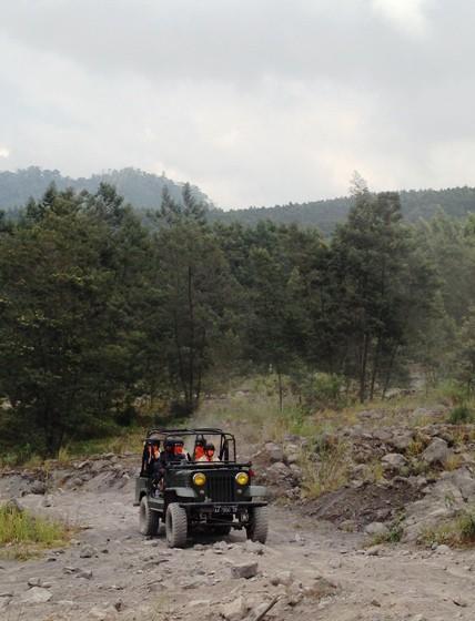 Trek jeep